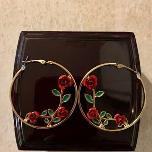 NEW Ladies earrings!!!!❤️
